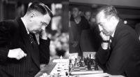 Siguiendo con el Torneo de Zúrich de 1953 de mi artículo anterior, y del libro de David Bronstein «El Ajedrez de Torneo», he llegado a la ronda 9, en la […]