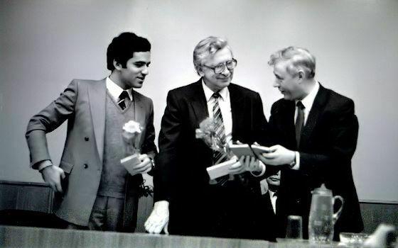 Kaspárov y Smyslov en Vilnus 1984, ceremonia de clausura