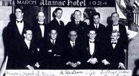 Después de mi primera incursión escribiendo una serie de artículos dedicados a un torneo, como fue el Candidatos de Zúrich 1953, voy a empezar otra nueva dedicada esta vez al […]