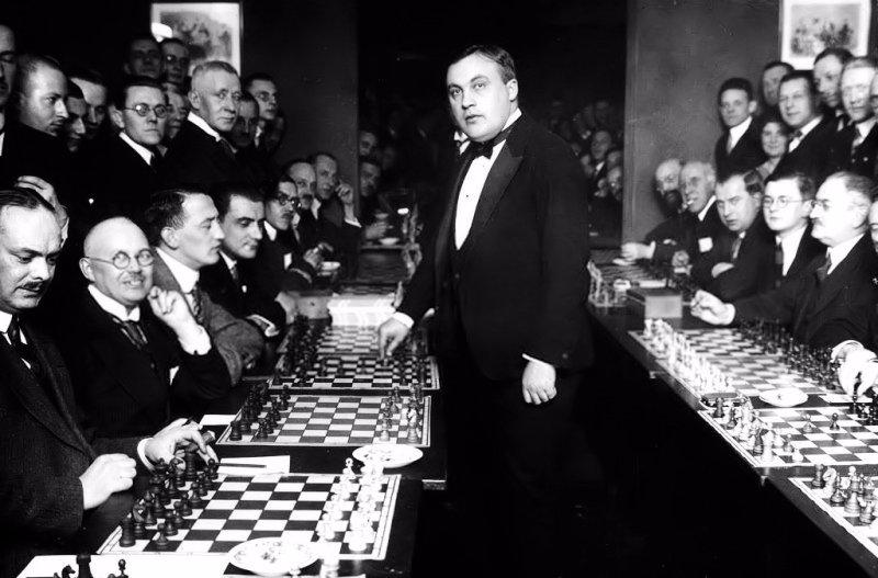 Berlín, 19 de enero de 1926, simultáneas Bogoljubow.